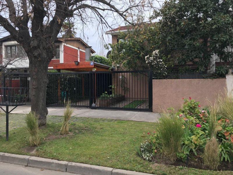 Santa Julia 722 Bella Casa 5 dormitorios 3 baños