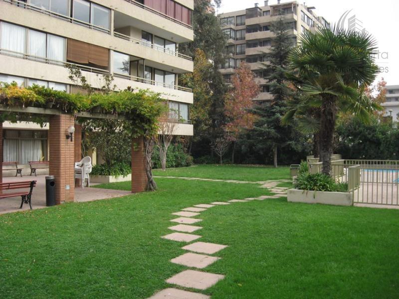 Excelente departamento en Las Condes
